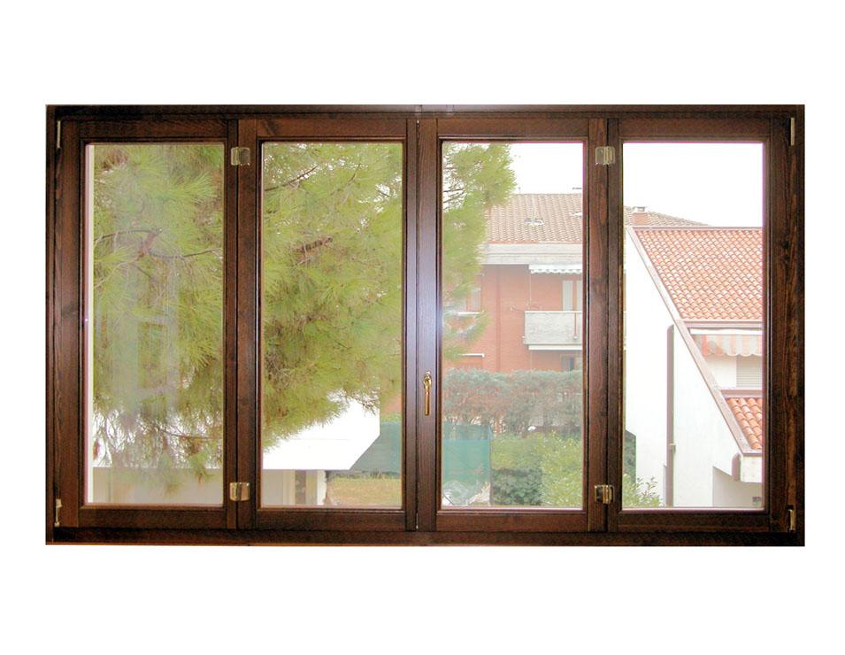 F4 finestra in legno a quattro ante g tabarini for Finestra 4 ante